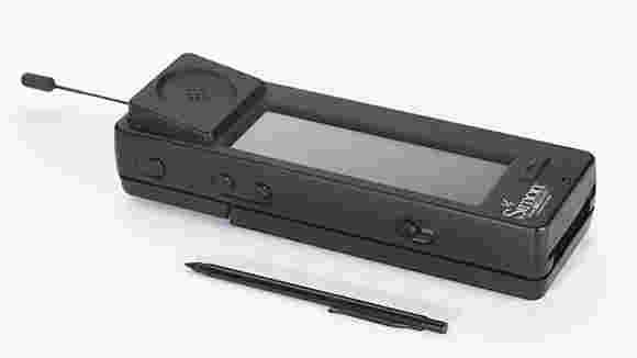 世界上第一个智能手机现在已经二十年了